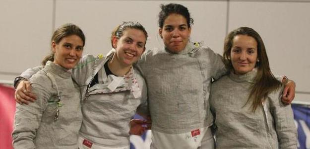 Equipo español femenino de esgrima. Foto:lainformacion.com/EFE
