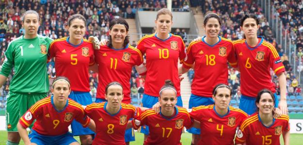 La selección femenina de fútbol busca una plaza para Río 2016